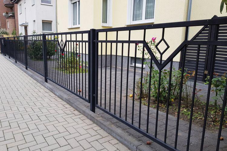 Zäune aus Polen, Doppelstabmattenzäune, Tore, Geländer ...